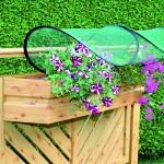 Die einfache und schnelle Montage ermöglicht es jederzeit Ihre Balkonblumen vor Unwetter wie Hagel oder Starkregen zu schützen.
